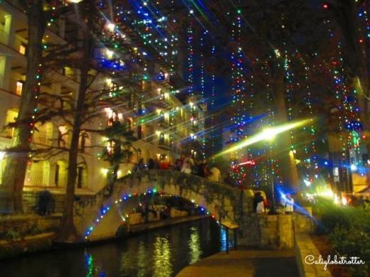 San Antonio, Texas at Christmas - California Globetrotter