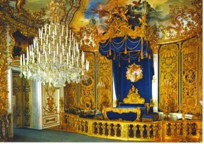 bedroom - Schloss Linderhof, Bavaria - California Globetrotter