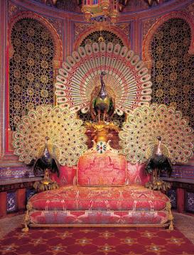 peacock throne 2 - Schloss Linderhof, Bavaria - California Globetrotter