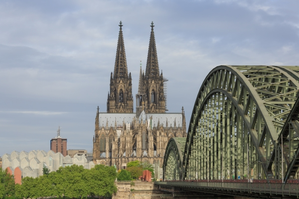 Cologne_Germany_Exterior-view-of-Cologne-Cathedral-06