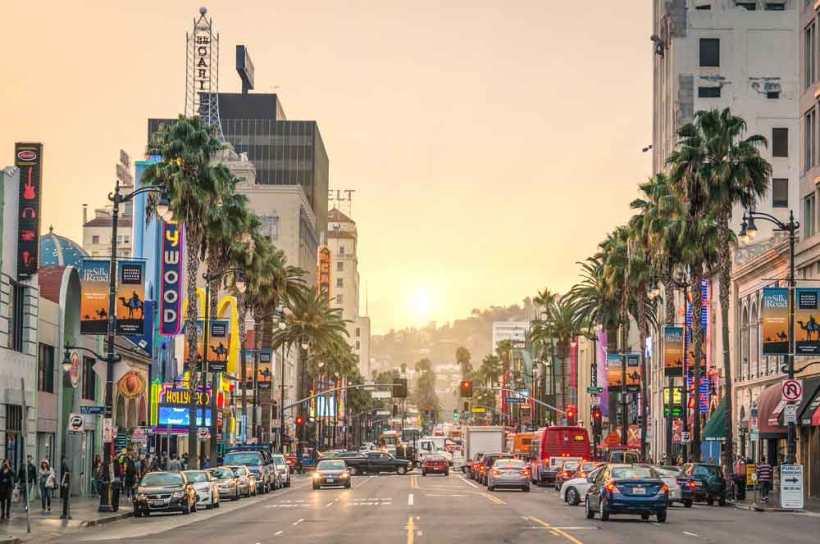 8.Sunset-Boulevard-Los-Angeles_View-Apart-via-Shutterstock