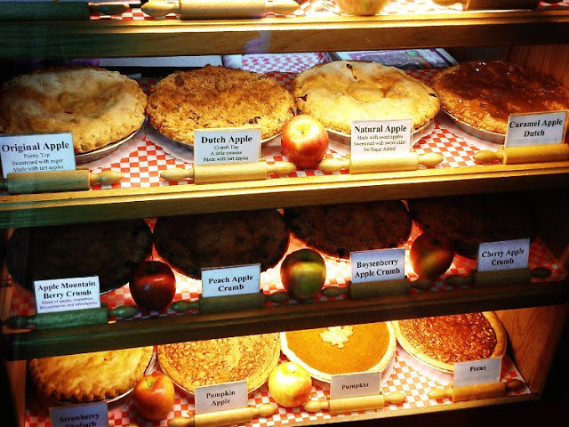 Julian-Famous-Apple-Pie-Local-Fruits-Best-in-Town-San-Diego-Travel-Destination