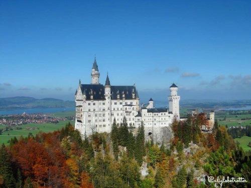 Schloss Neuschwanstein, Bavaria - California Globetrotter